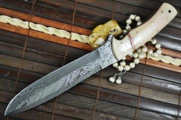 Benutzerdefinierte handgemachte damast Jagdmesser , Knochengriff -